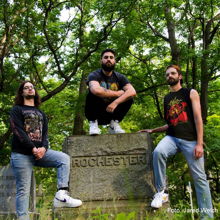 """undeath:-video-clip-vom-neuen-death-metal-album-""""lesions-of-a-different-kind""""-aus-new-york"""