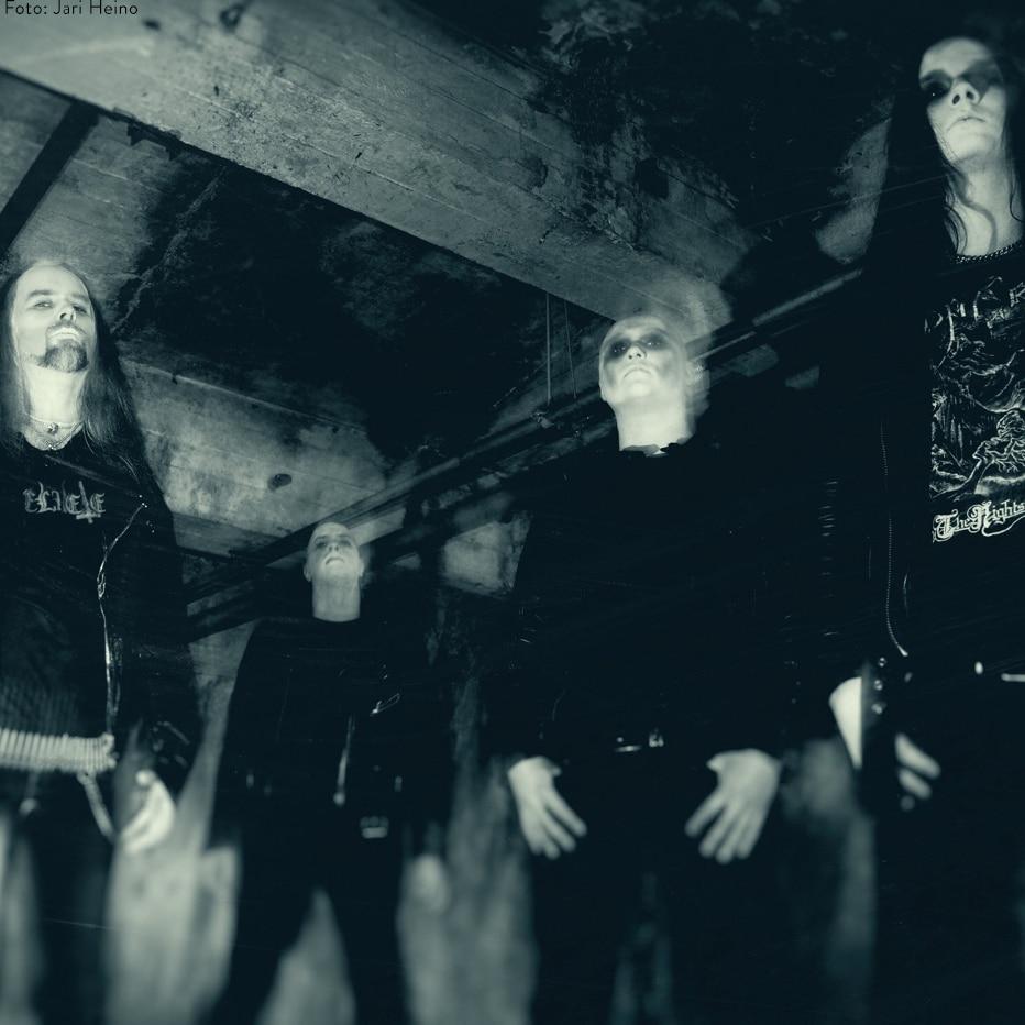 i-am-the-night:-black-metal-projekt-mit-musikern-von-insomnium,-omnium-gatherum-&-paradise-lost